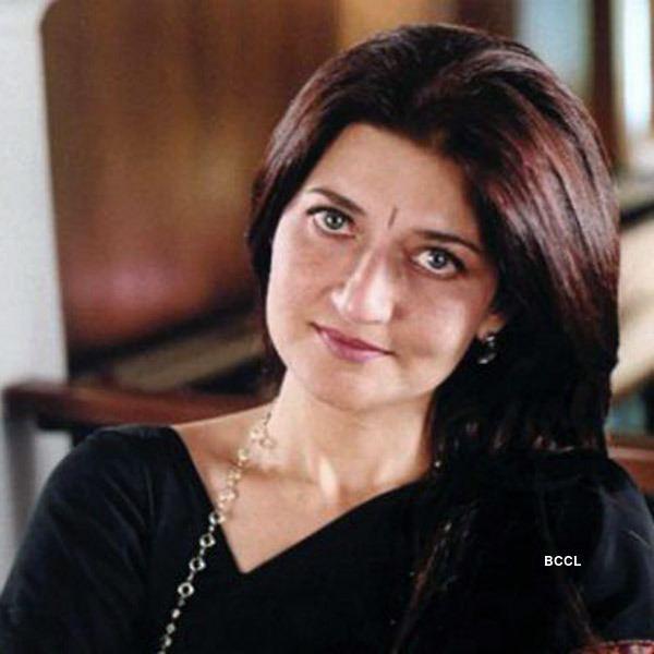 Sarika Sarika got pregnant with Kamal Haasan39s child Hassan who