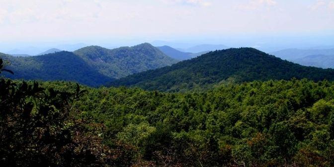 Sassafras Mountain wwwvisitpickenscountycomlibimagethumbsSASSAF