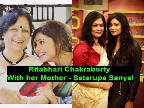 Satarupa Sanyal Rithabhari Chakraborty With her Mother Satarupa Sanyal 2017 YouTube