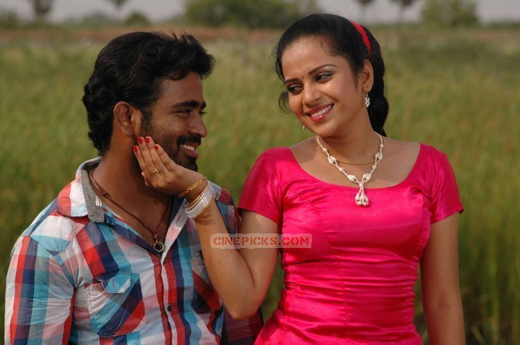 Sathish Sathish asrik banu still 647 Tamil Movie Muthu Nagaram