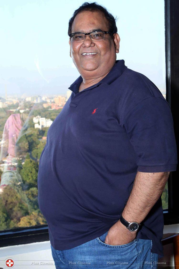 Satish Kaushik galleriescelebsmovies3pluzinalbumssujithaba