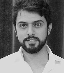 Saud Alsanousi httpsuploadwikimediaorgwikipediacommonsthu