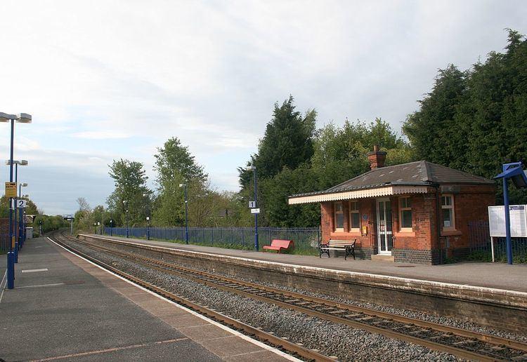 Saunderton railway station