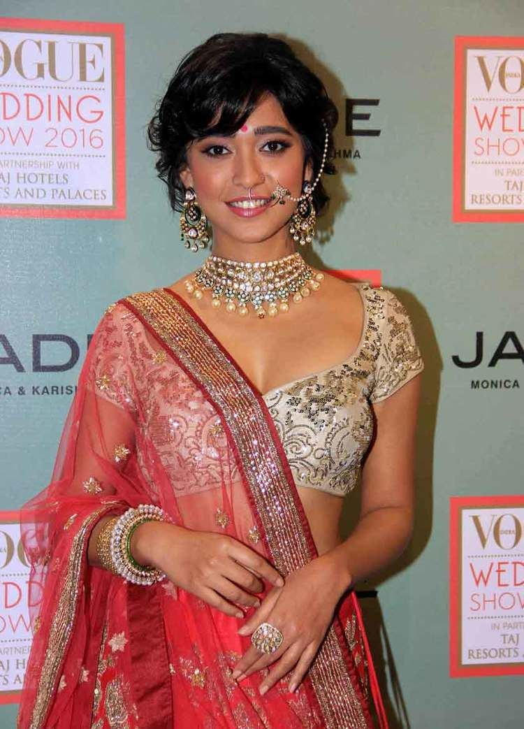 Sayani Gupta WHOA SRK Secratery Sayani Gupta Is Way Too Hot And Amazing