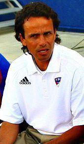 Óscar Pareja httpsuploadwikimediaorgwikipediacommonsthu