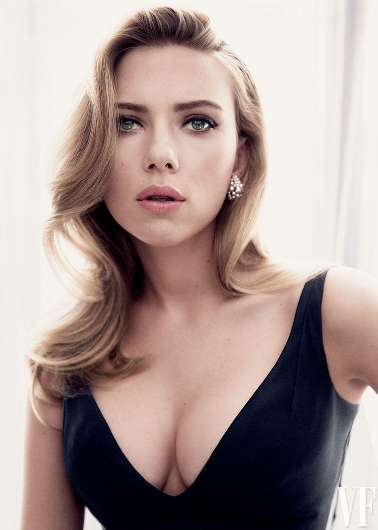 Scarlett Johansson Glimpse of Scarlett Johansson39s Video Message to Hall H