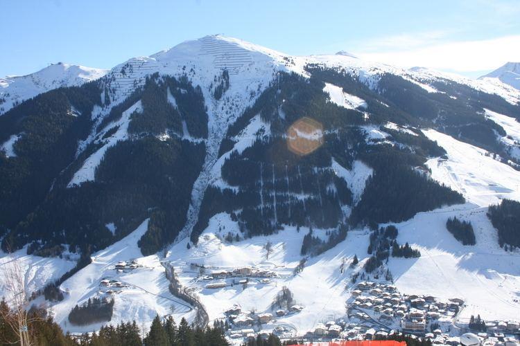 Schattberg (Saalbach-Hinterglemm) httpsuploadwikimediaorgwikipediacommonsee