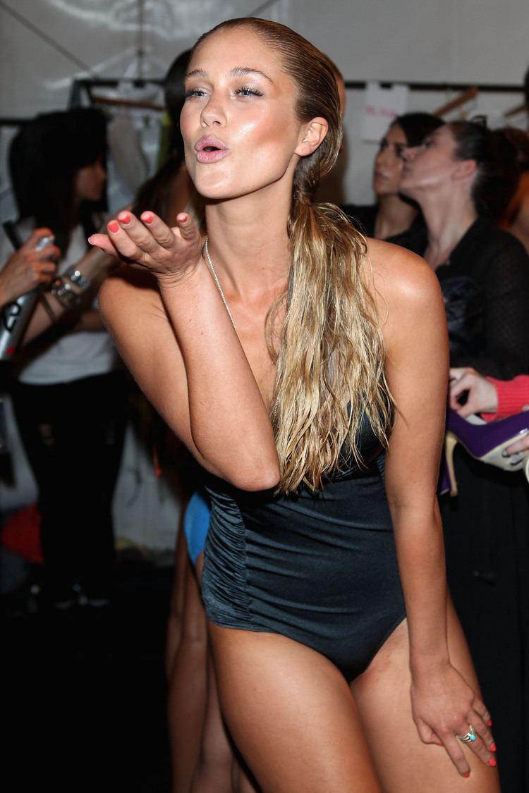 Scherri-Lee Biggs Miss Universe Australia ScherriLee Biggs Celebrate