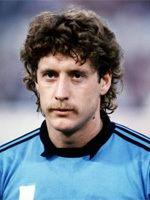 Schumacher (footballer) wwwgoalkeepersaredifferentcomimagesharaldschum