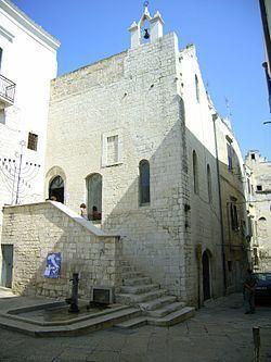 Scolanova Synagogue httpsuploadwikimediaorgwikipediacommonsthu