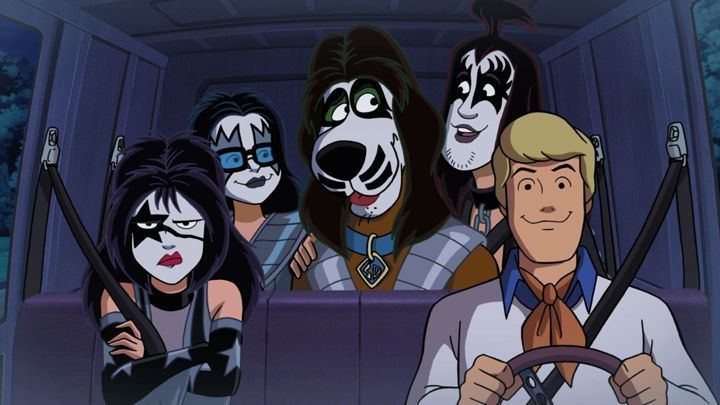 Scooby-Doo! and Kiss: Rock and Roll Mystery movie scenes The Scooby Doo crew in Kiss makeup in the new film Rock and Roll Mystery WB