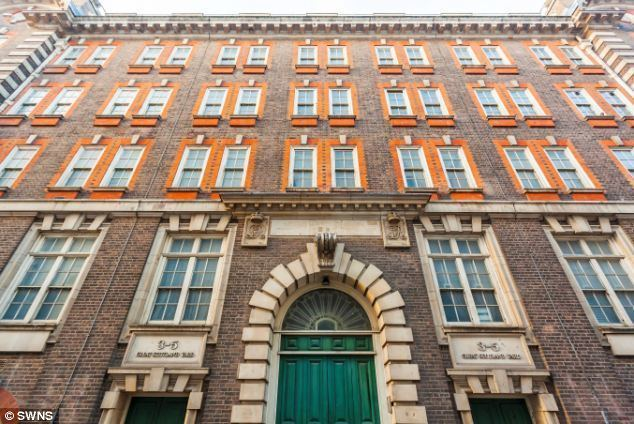 Scotland Yard (1941 film) movie scenes Address The original building was used from 1829 1890 by the police and