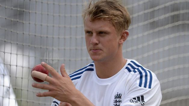 Scott Borthwick (Cricketer) playing cricket