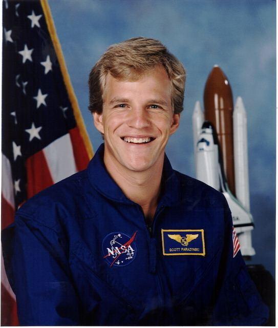Scott E. Parazynski Astronaut Scott E Parazynski STS86 Mission Specialist