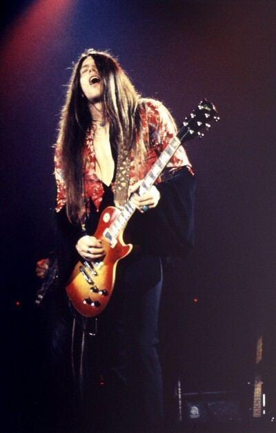 Scott Gorham Helge vers Concert Photography Thin Lizzy Scott Gorham