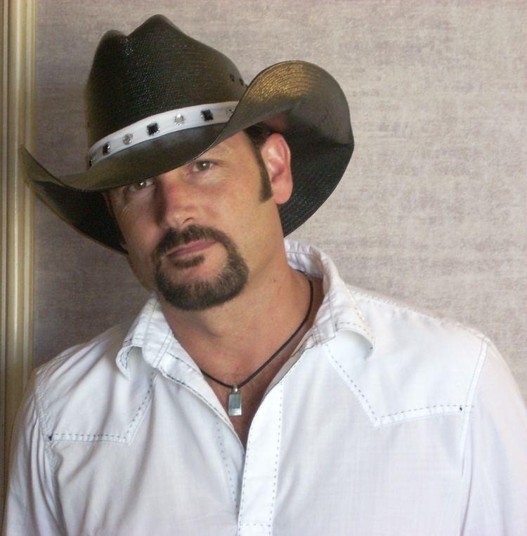 Scott Hooper Lamon Records Signs Massachusetts Native Scott Hooper Lamon