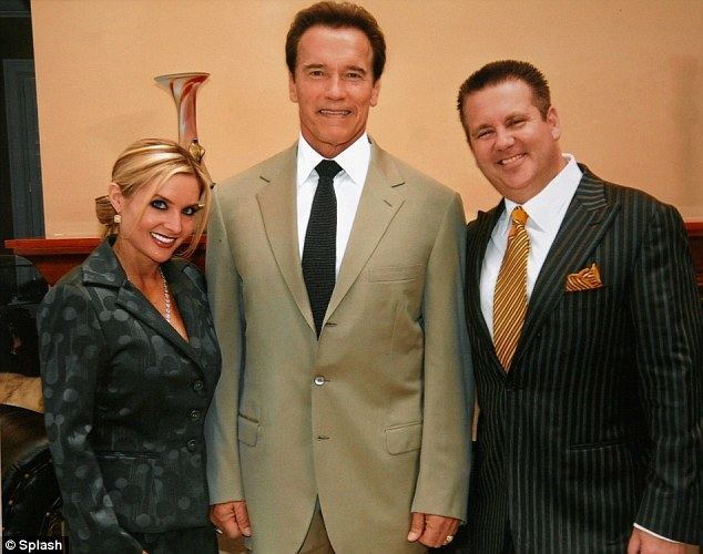 Scott W. Rothstein Scott Rothstein39s wife unable to finish divorce as he39s in