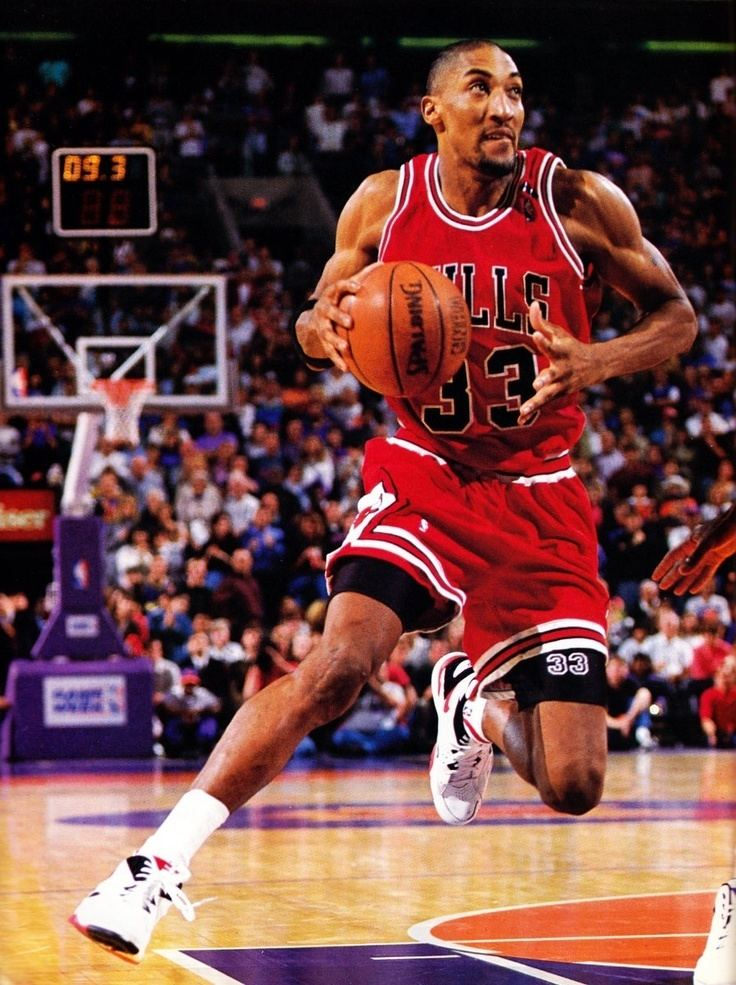 Scottie Pippen 31 best PIPPEN images on Pinterest Scottie pippen Basketball