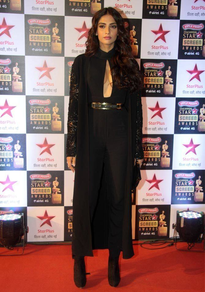 Screen Awards PIX Shriya Saran Sonam Bachchans at Star Screen awards Rediff