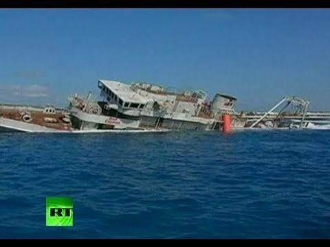 Scuttling Sinking Feeling Video of US Navy ship scuttled as dive attraction