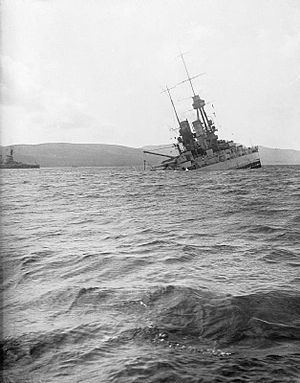 Scuttling of the German fleet in Scapa Flow httpsuploadwikimediaorgwikipediacommonsthu