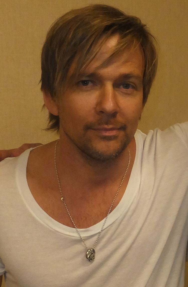 Sean Patrick Flanery Sean Patrick Flanery Wikipedia the free encyclopedia