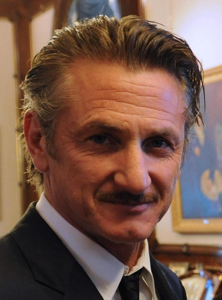 Sean Penn httpsuploadwikimediaorgwikipediacommons44