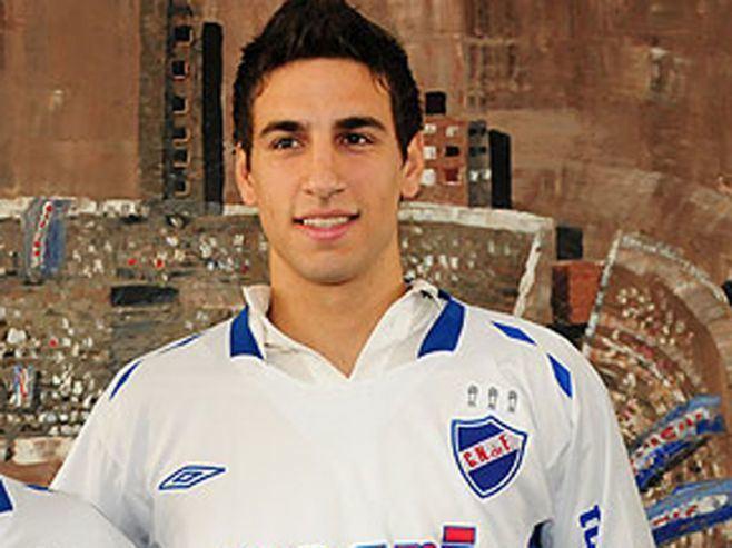 Sebastián Balsas Apualaron a Sebastin Balsas en una pierna