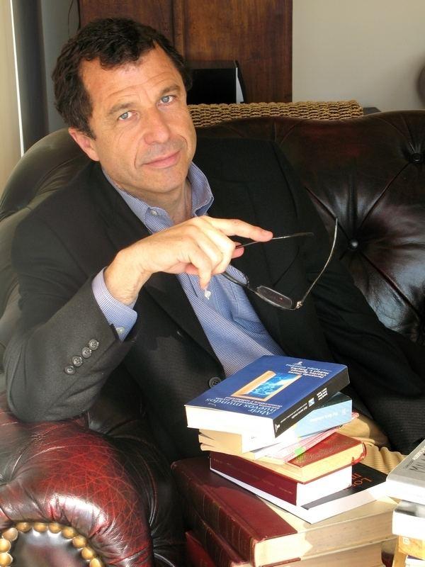 Sebastián Edwards Sebastin Edwards Author Agencia literaria Schavelzon Graham