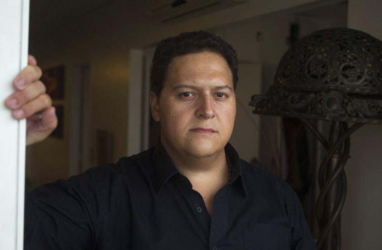 Sebastián Marroquín Escobar Henao Pablo Escobar39s Son Sebastian Marroquin Creates
