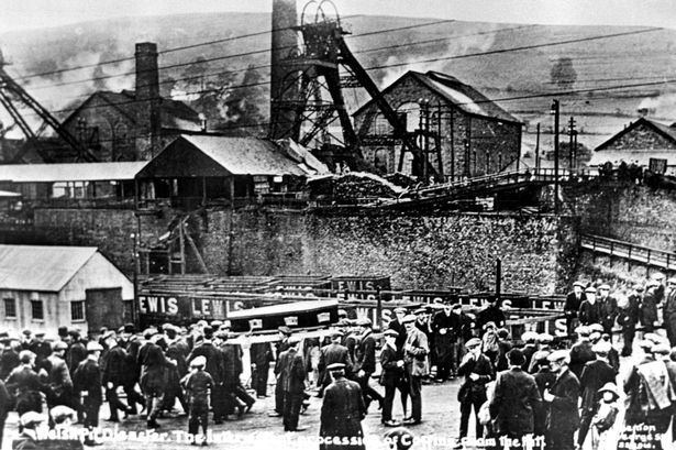 Senghenydd colliery disaster i4walesonlinecoukincomingarticle4752681eceA