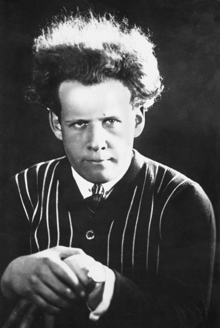 Sergei Eisenstein Sergei Eisenstein Wikipedia the free encyclopedia