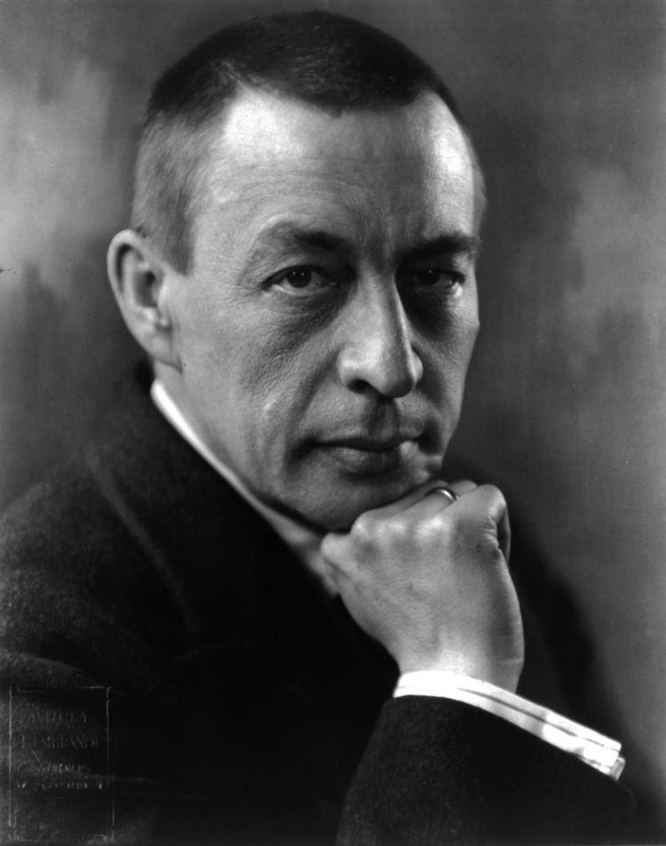 Sergei Rachmaninoff httpsuploadwikimediaorgwikipediacommonsbb