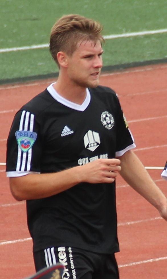 Sergey Shustikov (footballer born 1989)