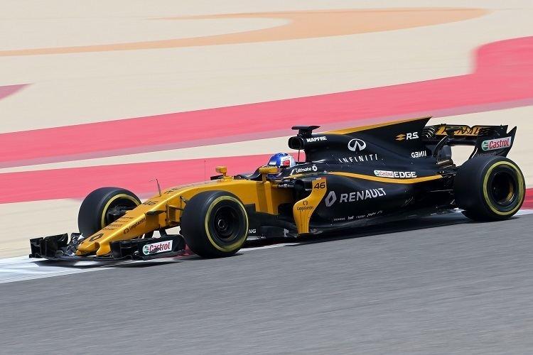 Sergey Sirotkin (racing driver) Sirotkin enjoys first time in 2017 Renault during Bahrain test