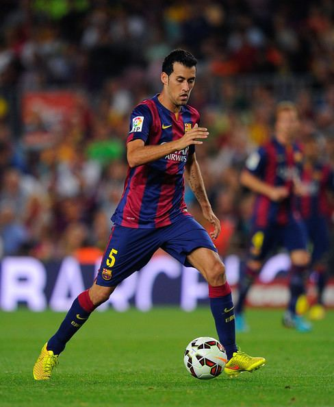 Sergio Busquets All the football boots the Barcelona squad play in for 201617