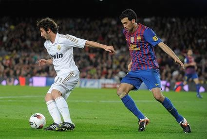Sergio Busquets Soccer Training Info The Art of Sergio Busquets