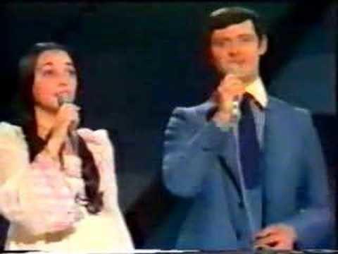 Sergio y Estíbaliz 1975 Sergio y Estbaliz Tu Volveras Spain YouTube