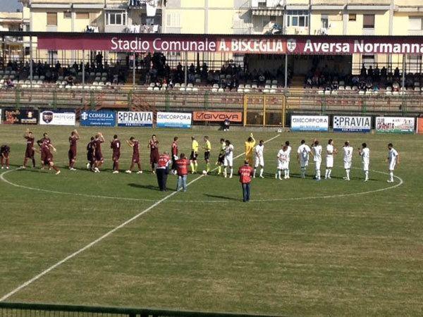 S.F. Aversa Normanna Calcio La Vigor Lamezia perde 20 contro l39Aversa Normanna il