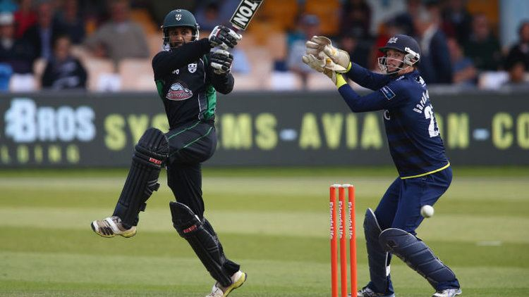 Shaaiq Choudhry Shaaiq Choudhry commits future to Worcestershire with new