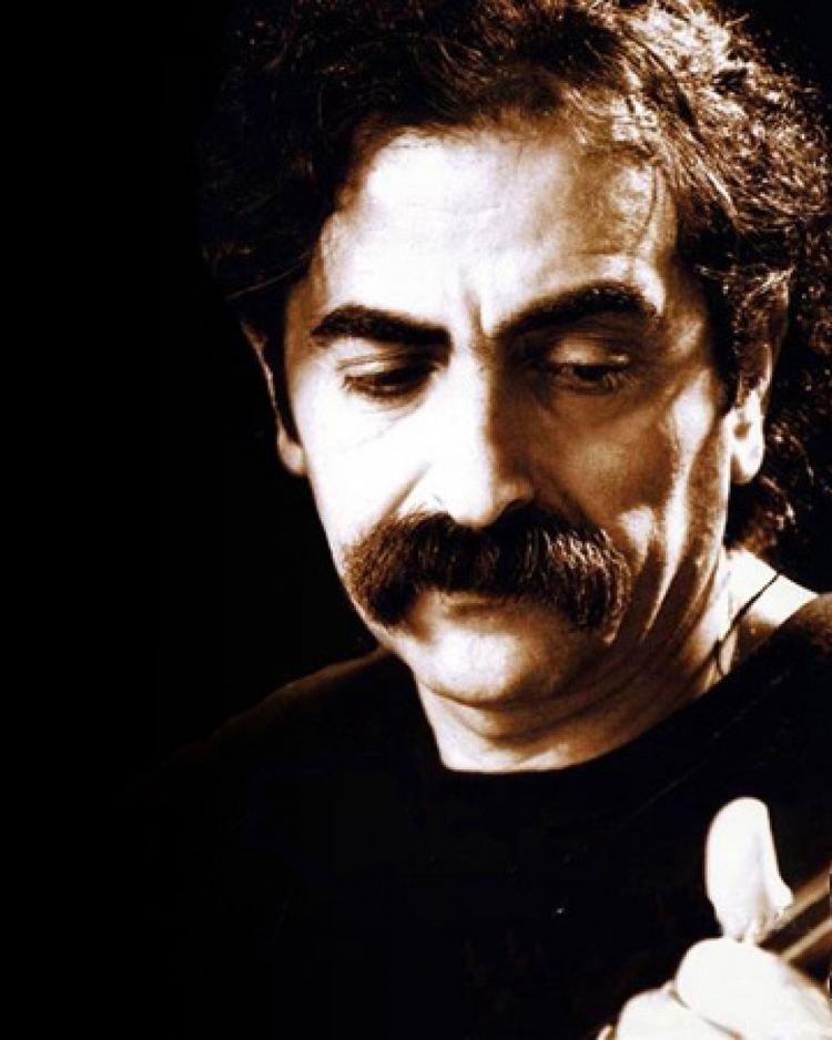 Shahram Nazeri Iranian singer Nazeri detained overnight released