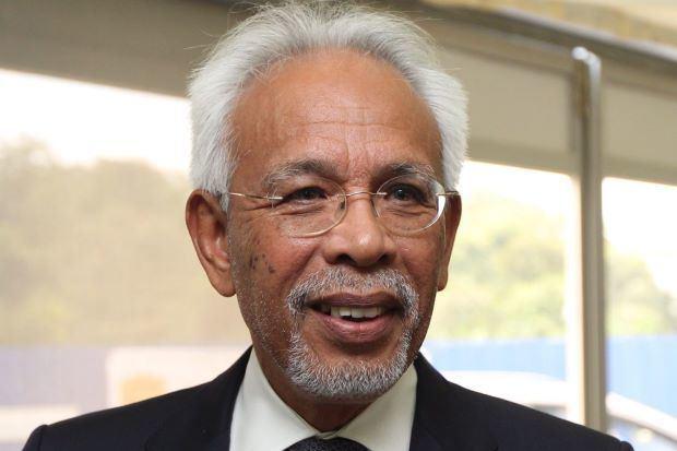 Shahrir Abdul Samad Shahrir Samad appointed new Felda chairman Nation The Star Online