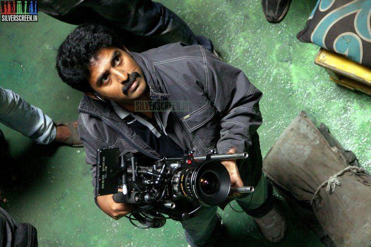 Shamdat Shamdat Sainudeen Interview The Road To Uttama Villain