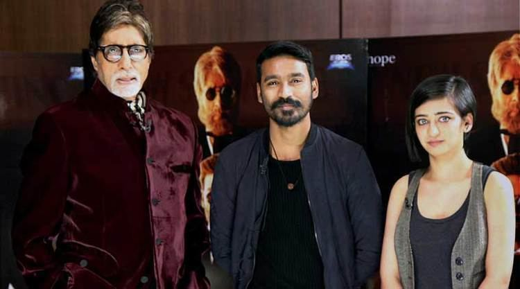 Went through some 33 scripts before Shamitabh Dhanush The