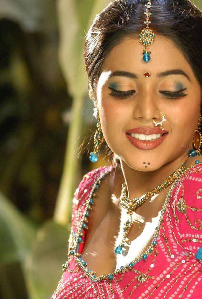 Shamna Kasim Malayalam movie photos Malayalam cinema gallery