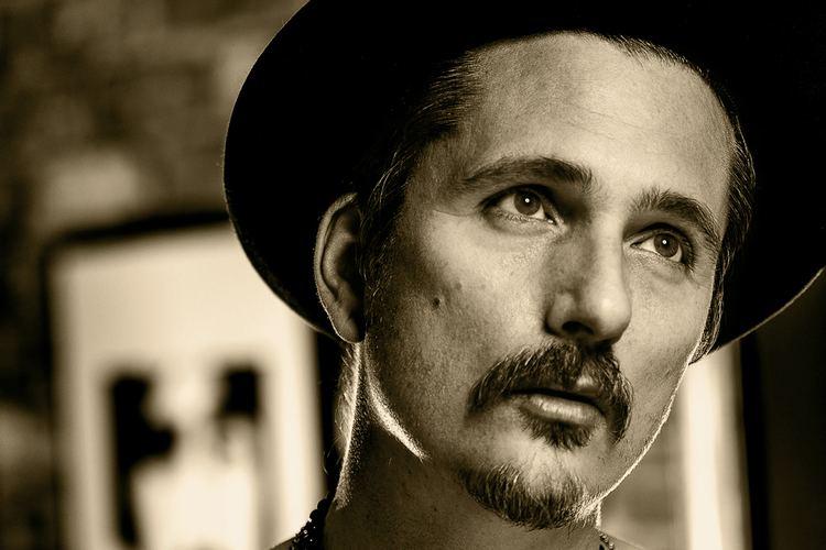 Shane Alexander (musician) httpsstatic1squarespacecomstatic56bc2e4e8a6