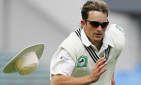 Shane Bond (Cricketer) in the past