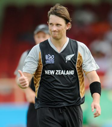 Injuries broke Shanes bond with cricket Rediff Sports