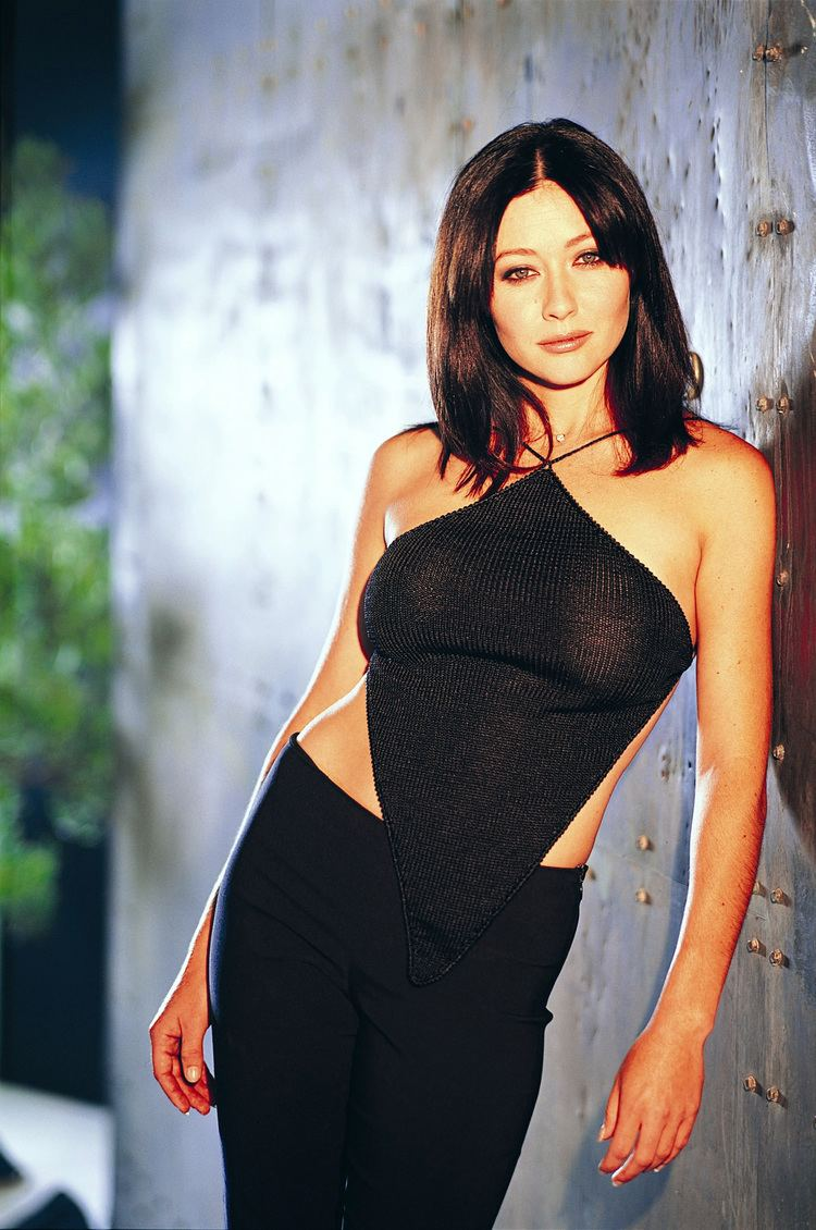 Shannen Doherty Charmed 2013 Update Photo Gallery Shannen Doherty as