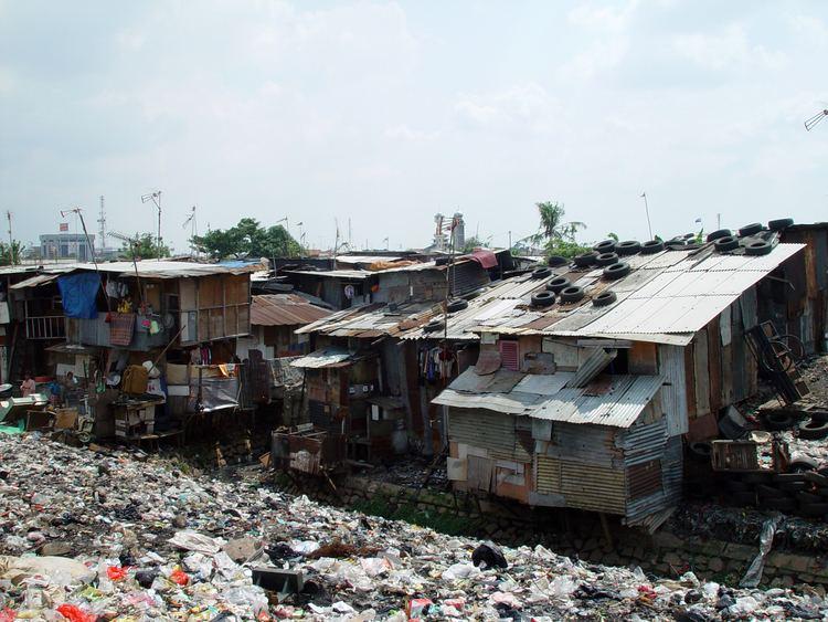 Shanty town httpsuploadwikimediaorgwikipediacommons77